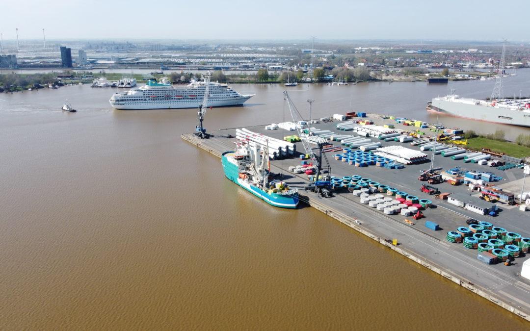 Full house in the port of Emden …